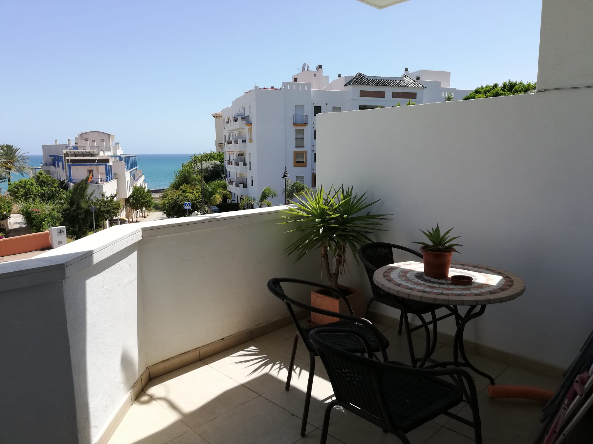 One bedroom apartment in Estepona port with sea view - mibgroup.es