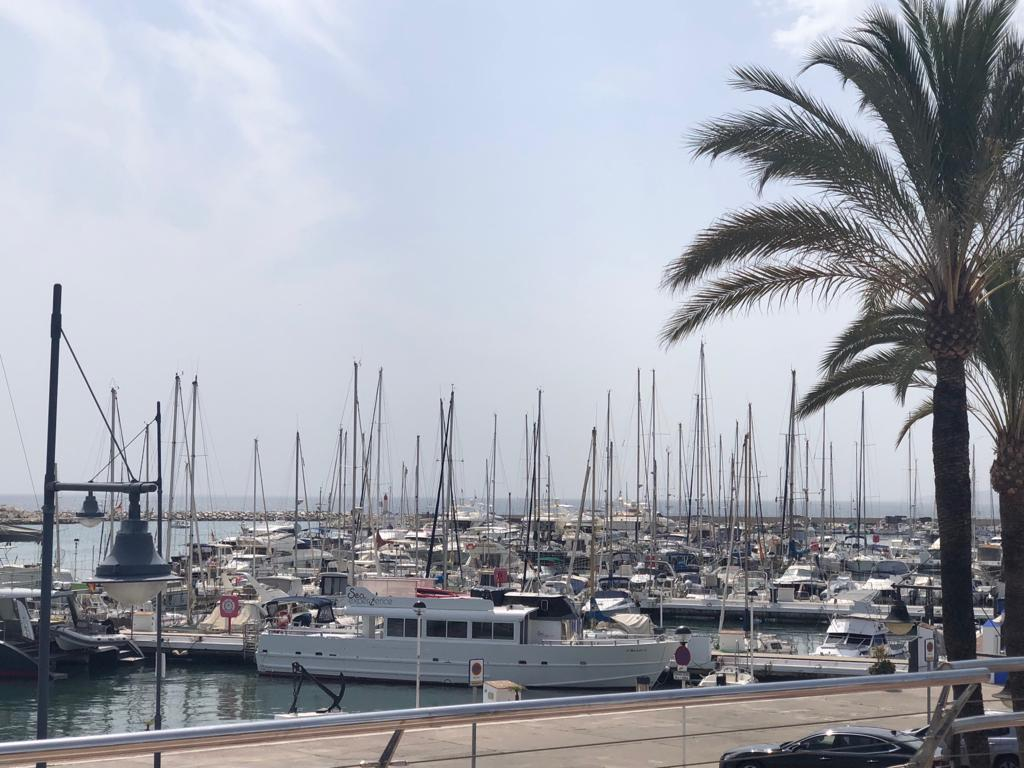 1 bedroom apartment for rent in Estepona near the beach and port - mibgroup.es