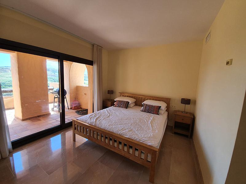 3 Bedrooms 2 bathroom Apartment in La Duquesa for rent - mibgroup.es