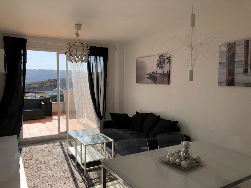 Beautiful penthouse for rent in the urbanization of Dona Julia - mibgroup.es