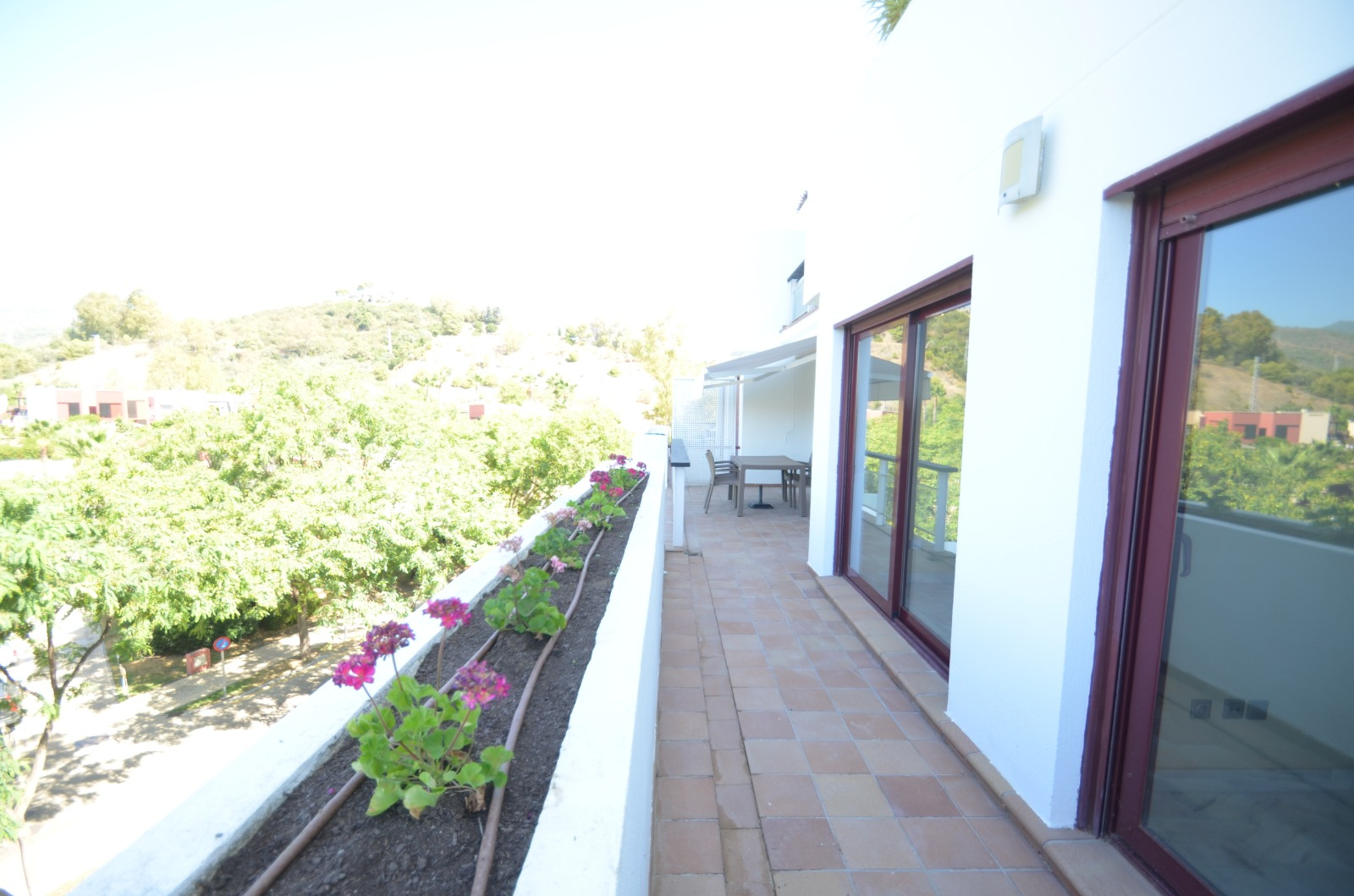 2 bedroom apartment for rent in Benahavis unfurnished - mibgroup.es