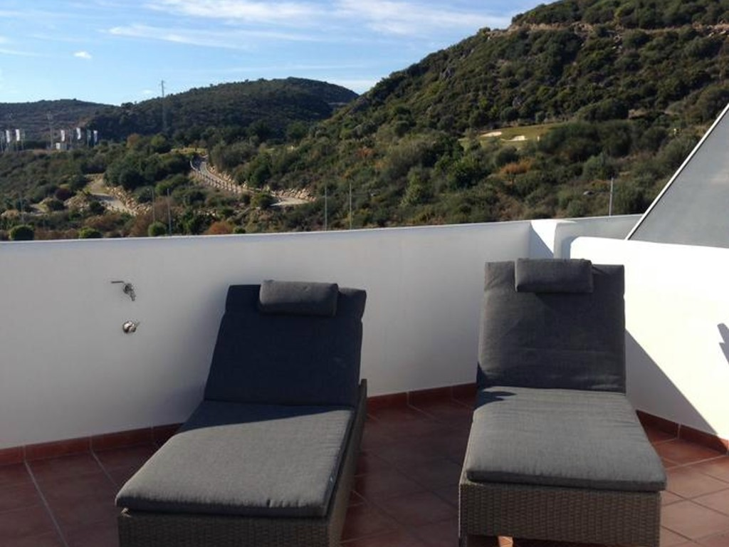 Penthouse with 2 bedrooms for rent in Valle Romano golf - mibgroup.es