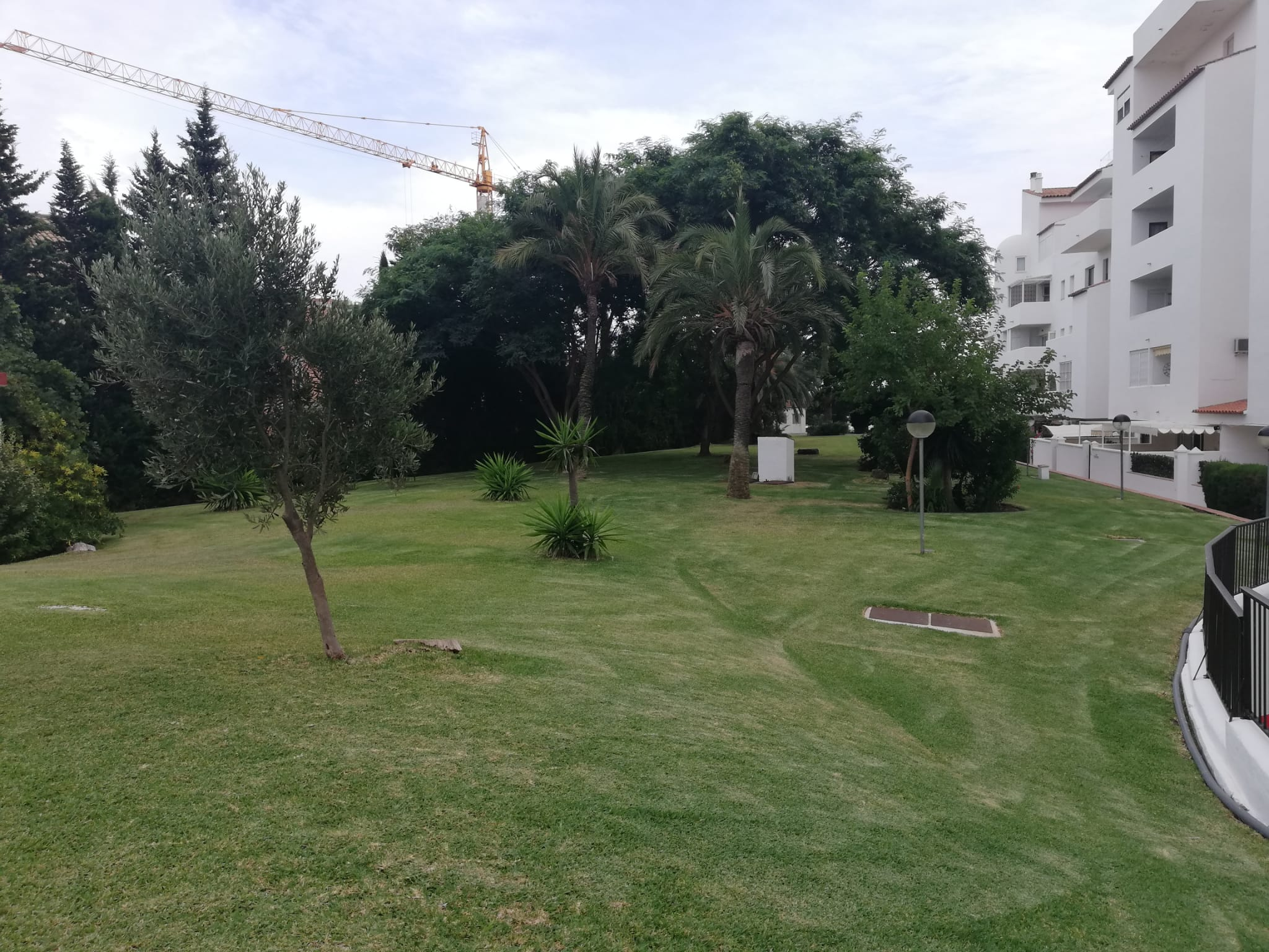 1 bedroom apartment for rent in Estepona first line to the sea - mibgroup.es