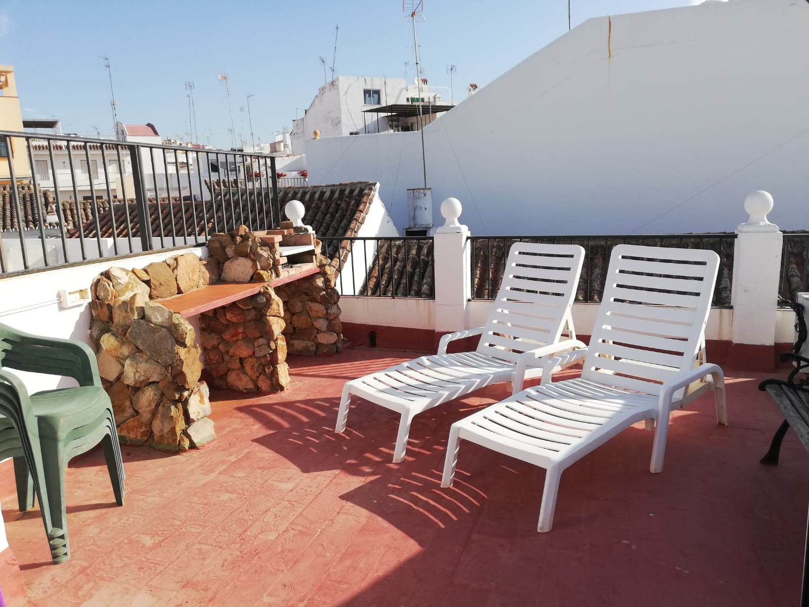 3 bedroom duplex penthouse for rent in the center of Estepona - mibgroup.es