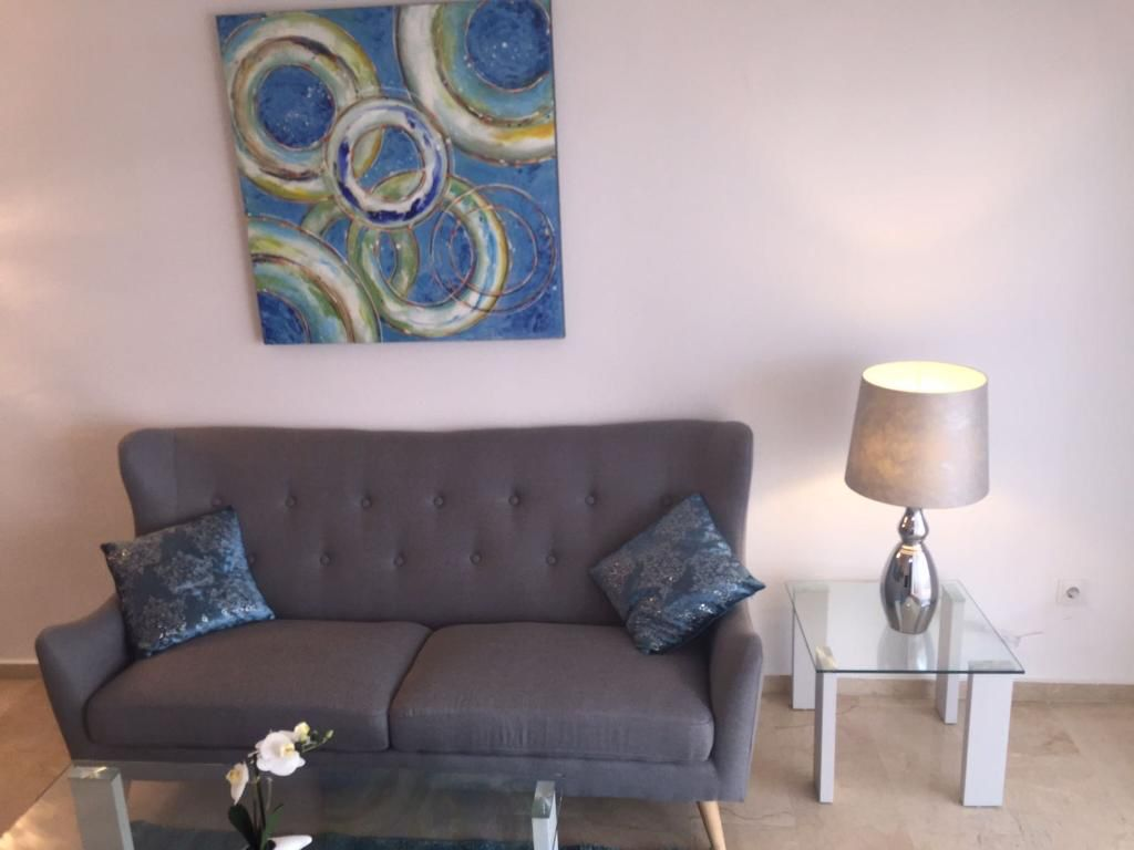 2 bedroom apartment in the port of Estepona for rent near the beach - mibgroup.es