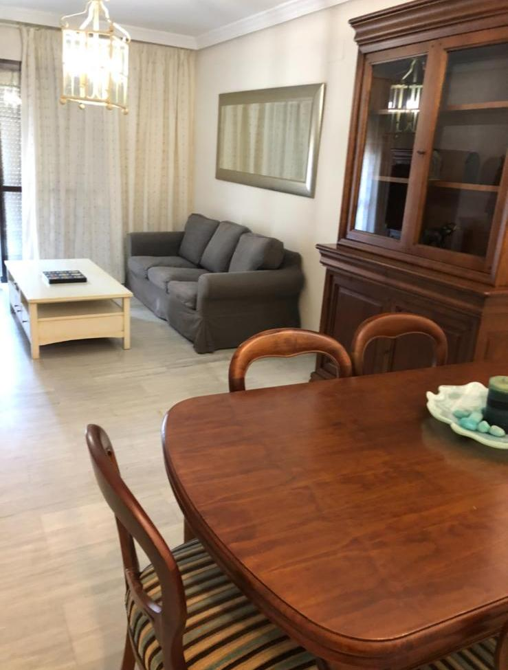 3 bedroom apartment for rent in Estepona on Avenida Andalusia - mibgroup.es